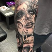 day of the dead girl tattoo, tattoo studio.